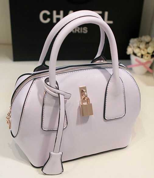 B309 IDR.188.000 MATERIAL PU SIZE L22XH21XW13CM WEIGHT 700GR COLOR PURPLE.jpg