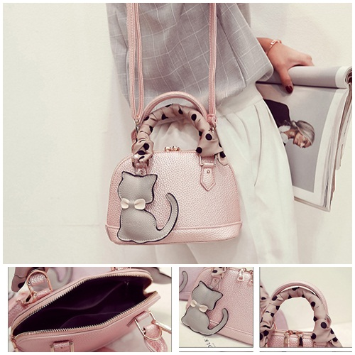 B322 IDR.180.000 MATERIAL PU SIZE L22XH15XW10CM WEIGHT 750GR COLOR PINK