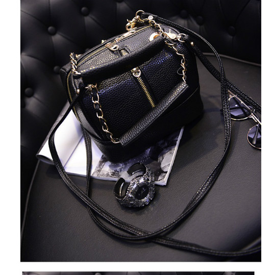B352 IDR.186.000 MATERIAL PU SIZE L20XH16XW16CM WEIGHT 550GR COLOR BLACK