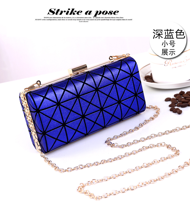 B362 IDR.170.000 MATERIAL PU SIZE L22XH11XW4CM WEIGHT 450GR COLOR BLUE