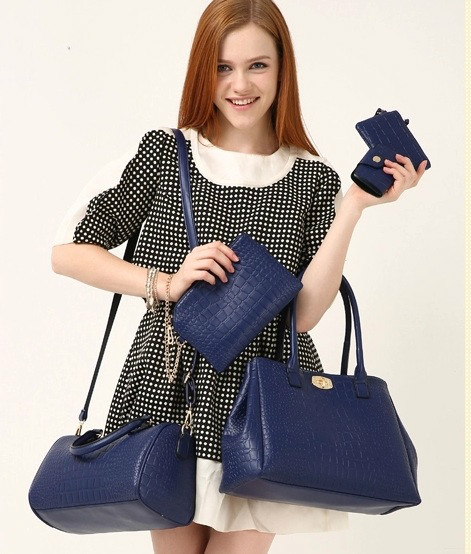 B378(5in1) IDR.245.000 MATERIAL PU SIZE BIG L33XH25XW13CM, MEDIUM L30XH20XW11CM WEIGHT 1300GR COLOR BLUE