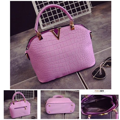B437 IDR.159.000 MATERIAL PU SIZE L27XH22XW11CM WEIGHT 600GR COLOR VIOLET