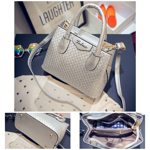 B474 IDR.195.000 MATERIAL PU SIZE L24XH18XW11CM WEIGHT 700GR COLOR SILVER
