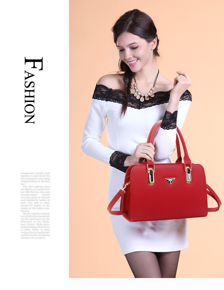 B487 IDR.205.000 MATERIAL PU SIZE L30XH20XW12CM WEIGHT 900GR COLOR RED