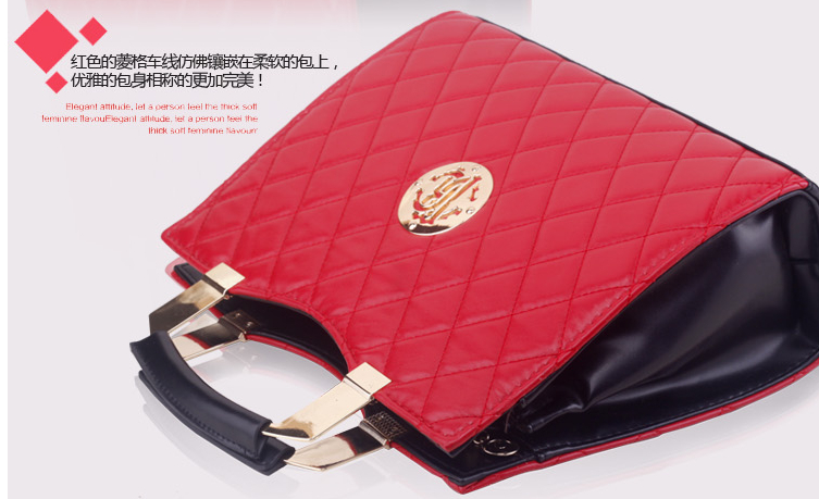 B5010 IDR.198.000 MATERIAL PU SIZE L33XH25XW11CM WEIGHT 1000GR COLOR RED.jpg