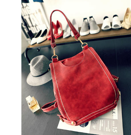 B521 IDR.195.000 MATERIAL PU SIZE L32XH29XW13CM WEIGHT 900GR COLOR RED