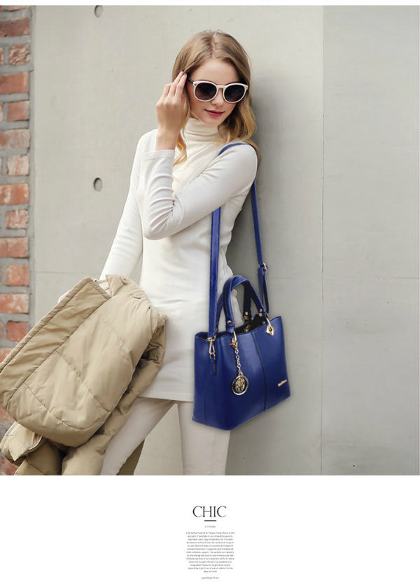 B578 IDR.205.000 MATERIAL PU SIZE L31XH24XW14CM WEIGHT 850GR COLOR BLUE.jpg