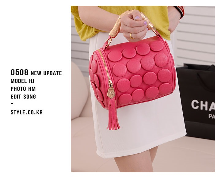 B591 IDR.162.000 MATERIAL PU SIZE L20XH18CM WEIGHT 650GR COLOR RED