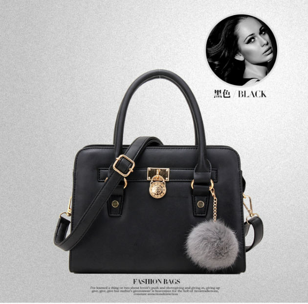 B623 IDR.186.000 MATERIAL PU SIZE L26XH18XW10CM WEIGHT 700GR COLOR BLACK