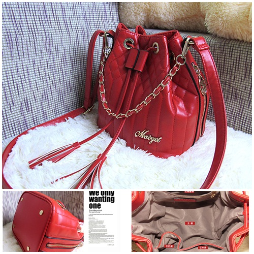 B628 IDR.165.000 MATERIAL PU SIZE L22XH22XW18CM WEIGHT 550GR COLOR RED