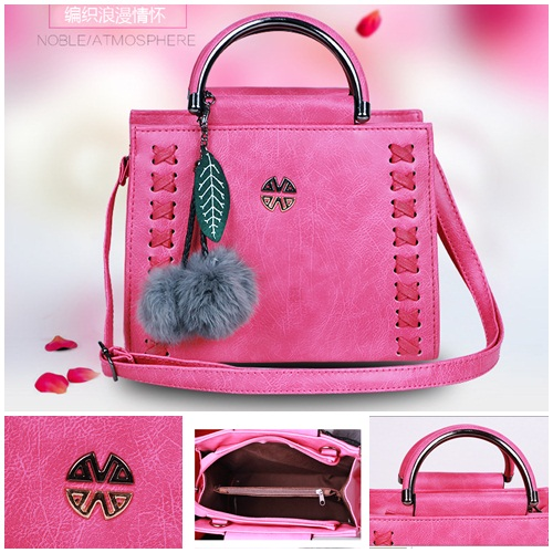 B638 IDR.186.000 TAS FASHION MATERIAL PU SIZE L23XH18XW10CM WEIGHT 750GR COLOR ROSE