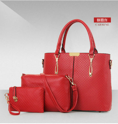 B643-(3in1) IDR.220.000 MATERIAL PU SIZE L32XH26XW13CM WEIGHT 1300GR COLOR RED