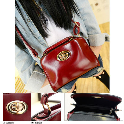 B672 IDR.15O.OOO MATERIAL PU SIZE L18XH11XW7CM WEIGHT 450GR COLOR RED.jpg
