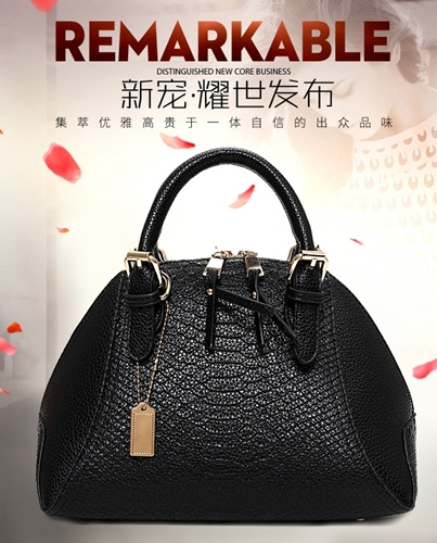 B691 IDR.206.000 MATERIAL PU SIZE L28XH20XW17CM WEIGHT 900GR COLOR BLACK.jpg