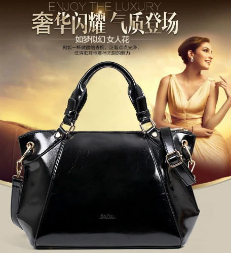 B714 IDR.186.000 MATERIAL PU SIZE L35XH23XW13CM WEIGHT 900GR COLOR BLACK