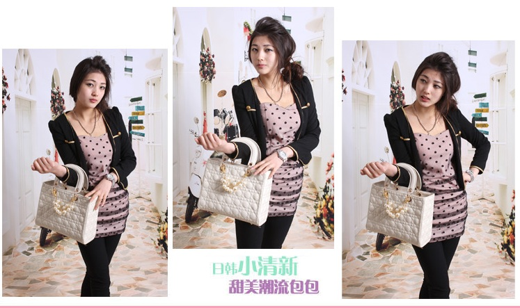 B744 IDR.190.000 MATERIAL PU SIZE L30XH23XW13CM WEIGHT 750GR COLOR BEIGE