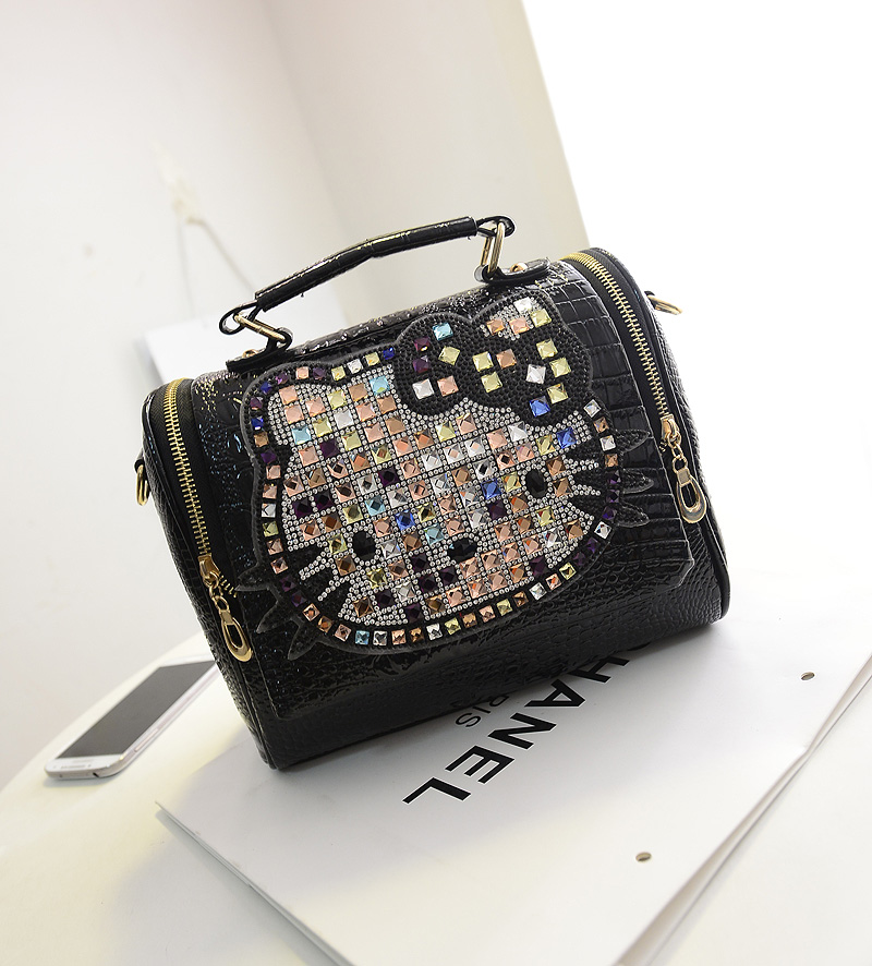 B755 IDR.198.000 MATERIAL PU SIZE L25XH22XW13CM WEIGHT 750GR COLOR BLACK.jpg
