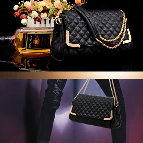B8220 IDR.167.000 MATERIAL PU SIZE L29XH17XW9CM,STRAP-115CM WEIGHT 950GR COLOR BLACK