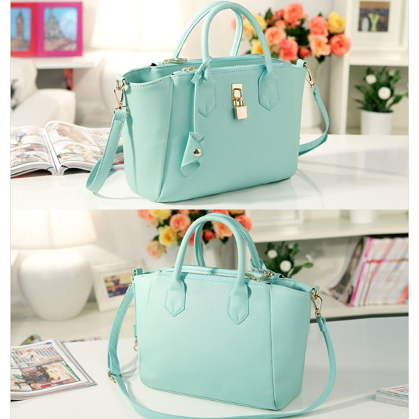B8239 IDR.202.000 MATERIAL PU SIZE L29XH23XW10CM WEIGHT 610GR COLOR GREEN
