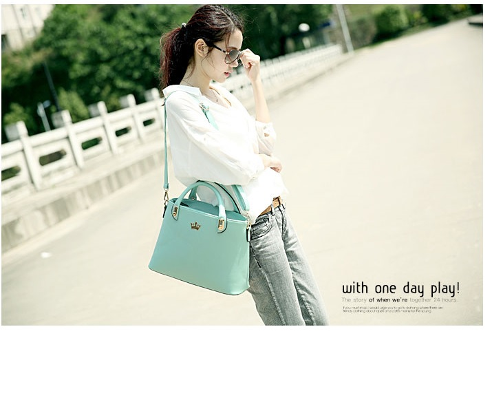 B8345 IDR.209.000 MATERIAL PU SIZE L35XH23X11CM WEIGHT 750GR COLOR GREEN