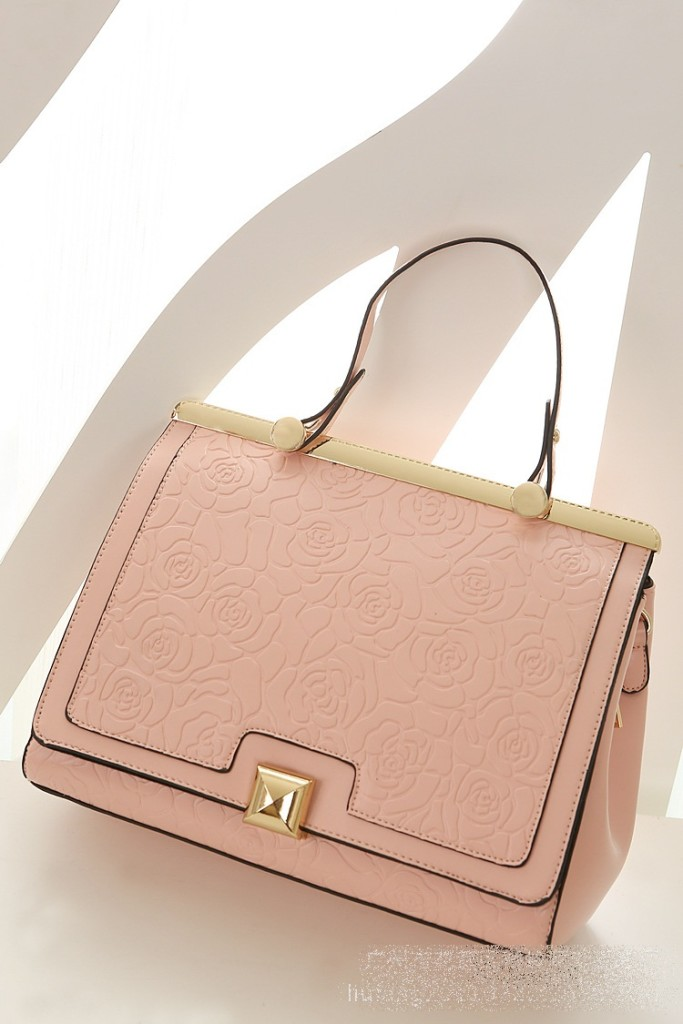 B8375 IDR.235.000 MATERIAL PU SIZE L29XH24XW10CM WEIGHT 850GR COLOR PINK