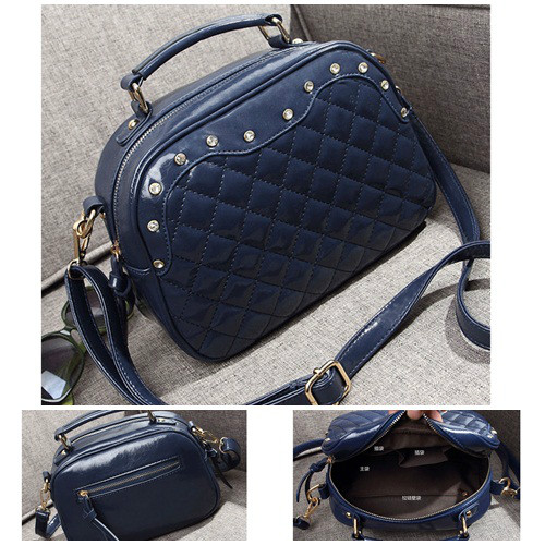 B8387 IDR.180.000 MATERIAL PU SIZE L27XH20XW9CM WEIGHT 600GR COLOR BLUE