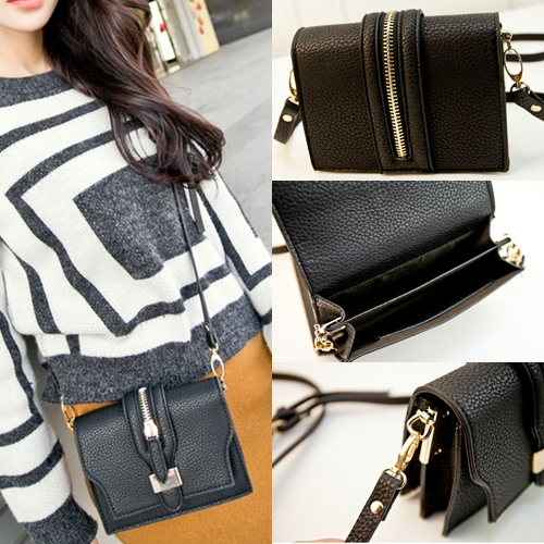 B8405 IDR.165.000 MATERIAL PU SIZE L17XH13XW6CM WEIGHT 500GR COLOR BLACK