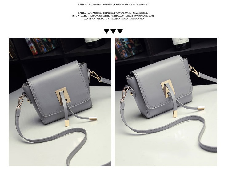 B8413 IDR.159.000 MATERIAL PU SIZE L20XH13XW6CM WEIGHT 500GR COLOR GRAY.jpg