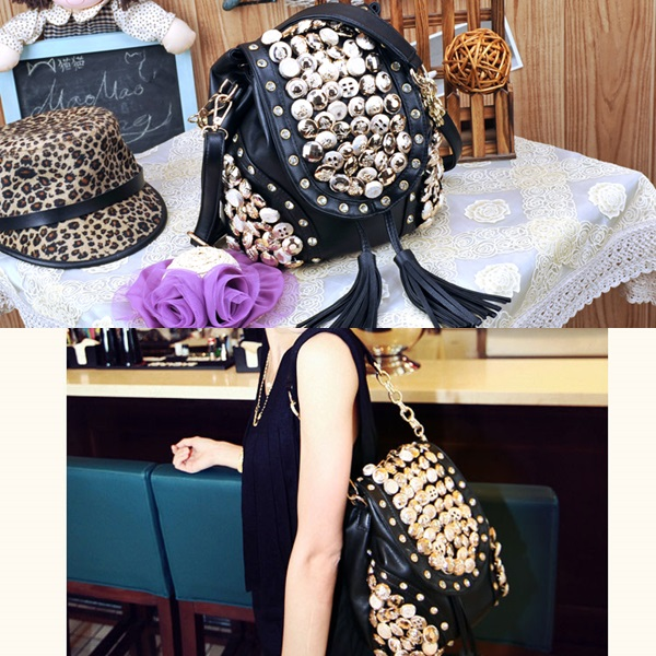 B9067 IDR.174.000 MATERIAL PU SIZE L29XH21CM WEIGHT 750GR COLOR BLACK.jpg