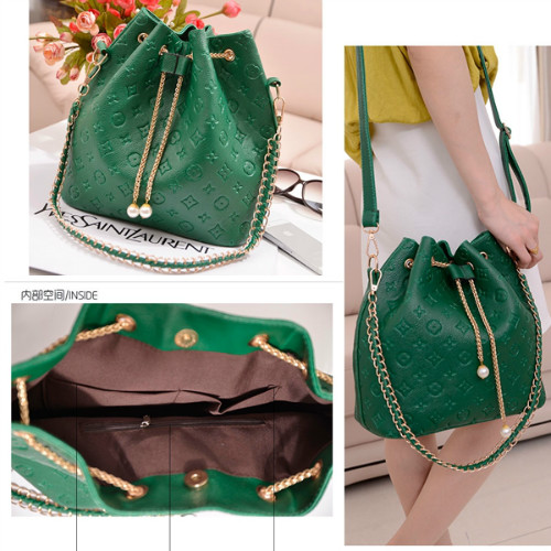 B9224 IDR.149.000 MATERIAL PU SIZE L28XH29XW14CM WEIGHT 650GR COLOR GREEN