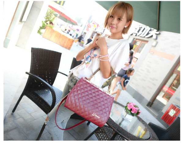 B936 IDR.186.OOO MATERIAL PU SIZE L30XH21XW10CM WEIGHT 800GR COLOR WINERED.jpg
