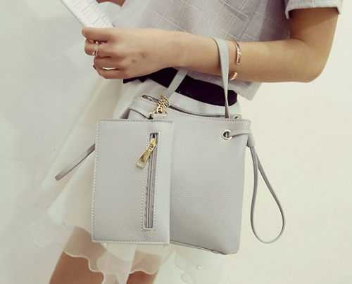 B980 IDR.170.000 MATERIAL PU SIZE L21XH20XW12CM WEIGHT 700GR COLOR GRAY