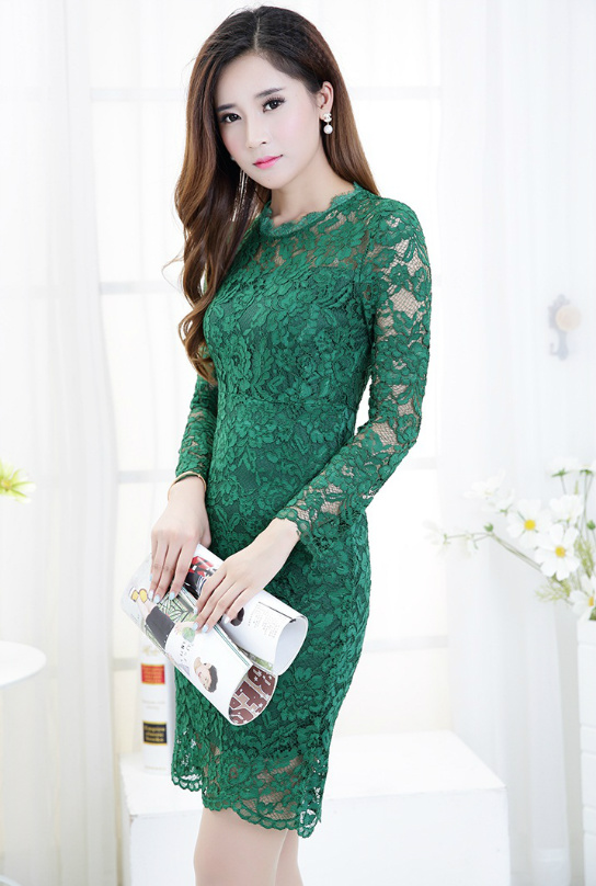 D1206 IDR.138.000 MATERIAL LACE-SIZE-M,L-LENGTH96,97CM-BUST82,90CM-(SIZE-M) WEIGHT 300GR COLOR GREEN