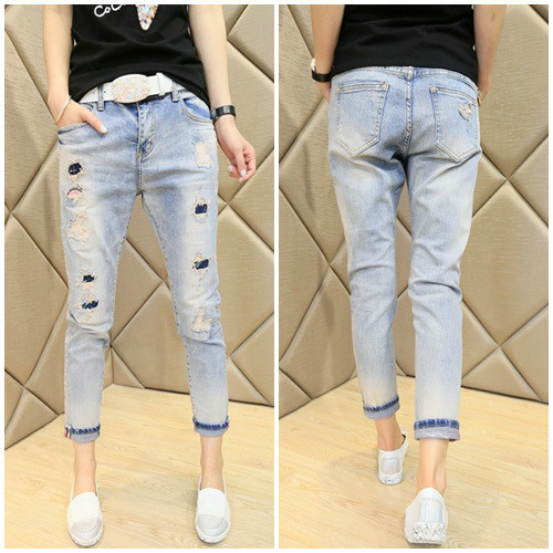 P35653 IDR.150.000 MATERIAL DENIM SIZE 27,28,29 LENGTH 89CM,90CM,91CM WAIST 76CM,78CM,80CM WEIGHT 350GR COLOR AS PHOTO