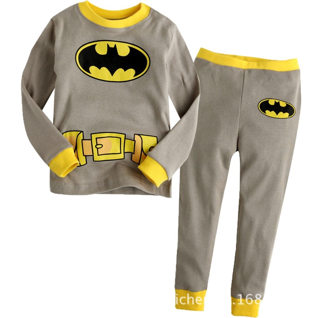 PJ689 BAJU TIDUR ANAK BATMAN IDR 75.000 BAHAN COTTON SIZE 90,95,100,110,120,130 WEIGHT 500GR COLOR GRAY