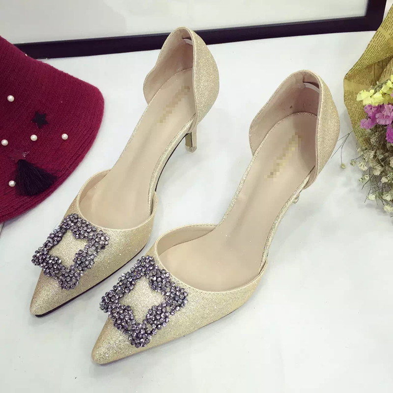 SH0006 IDR.240.000 MATERIAL PU-HEEL-7CM COLOR GOLD SIZE 35