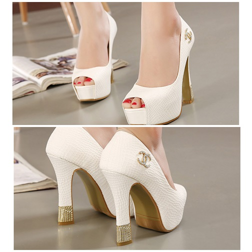 SH1028 IDR.227.000 MATERIAL PU HEEL 4CM,12CM COLOR WHITE SIZE 35,36,37,38,39