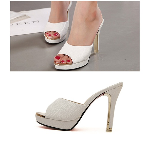 SH4011 IDR.227.000 MATERIAL PU HEEL 2.5CM,12CM COLOR WHITE SIZE 36,37,38,39.jpg