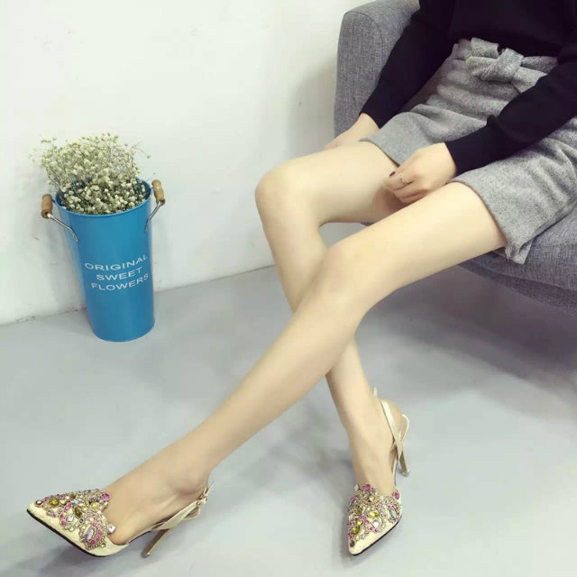 SH51832 IDR.250.000 MATERIAL LACE-HEEL-9CM COLOR APRICOT SIZE 38,39
