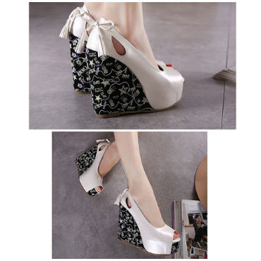 SH81818 IDR.210.000 MATERIAL PU-HEEL-4CM,12.5CM COLOR WHITE SIZE 35,36,37,38,39