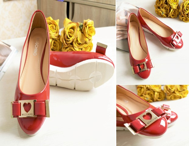 SHS879354 IDR. 170.000 MATERIAL PU COLOR RED SIZE 35,37,38,39