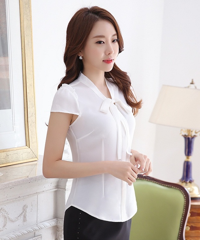 T52322 IDR.122.000 MATERIAL COTTON-BLEND-LENGTH60CM,BUST86CM WEIGHT 220GR COLOR WHITE