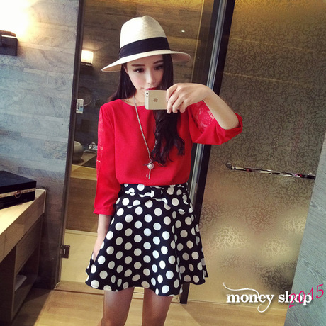 T6773 IDR.110.000 MATERIAL CHIFFON+LACE LENGTH57CM BUST94CM WEIGHT 200GR COLOR RED